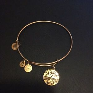 3 for $15 👚 Alex and Ani Bracelet